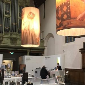 これは罠だ、フェルメールの眠る旧教会が見えるプリンセンホフ博物館のカフェとショップ