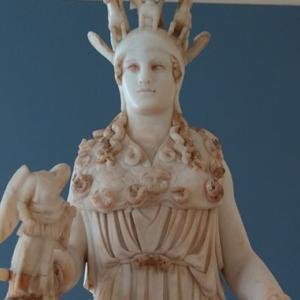端正なギリシャ彫刻。これが紀元前に作られたものだなんて~National Archaeological Museum in Athens【ギリシャ2019 #7】
