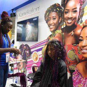 アフリカ人女性の美に貢献する隠れた日本企業