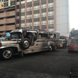 アフリカと東南アジアの乗り合いバスが益々便利になるか