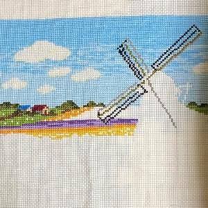 【トーカイオリジナル】チューリップ畑と風車(オランダ)