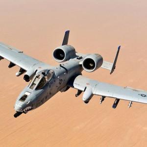 米空軍、攻撃機「A-10」や早期警戒機「E-3」など8機種を2023年までに廃止?