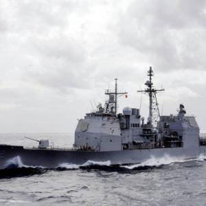 枯れた技術のみで構成? 米海軍、革新的なズムウォルト級とは正反対の次世代巡洋艦を開発