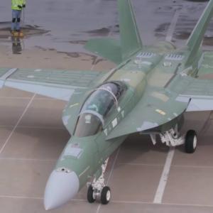 ボーイング、F/A-18E/F BlockⅢのプロトタイプが初飛行に成功