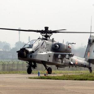 インド空軍、中国との対立地域に最新鋭攻撃ヘリ「AH-64E」を配備