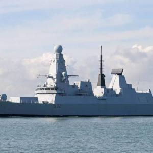 残念過ぎる英海軍の45型駆逐艦、停電問題と人員不足で4年も港で係留中