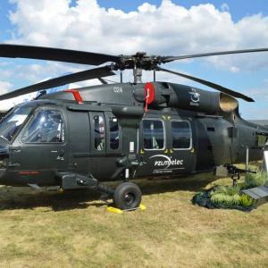 フィリピンの攻撃ヘリ選定にシコルスキー参戦、廉価版S-70i ブラックホークを提案?
