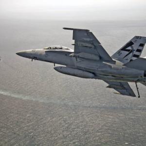 米海軍のF/A-18E/F BlockⅢ、唯一の欠点はF-35Cとの情報共有能力