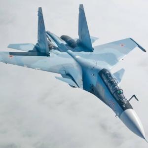 今月3件目の不祥事、ロシア空軍「Su-35S」が味方の「Su-30SM」を撃墜か