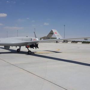 トルコとウクライナ、無人航空機やエンジンの共同生産を通じて急速接近