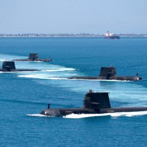 アタック級潜水艦の遅れに直面する豪州、46億ドルを投じてコリンズ級潜水艦を延命