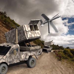 米海兵隊、水陸両用戦闘車や無人水上艇にイスラエル製のカミカゼドローンを統合