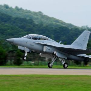 韓国、軽攻撃機「FA-50」への空中給油能力や中距離空対空ミサイルの統合を進行中