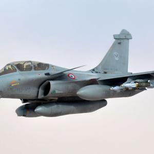 世界市場で生き残れるか?フランス、F-35に対抗し「ラファール F4仕様」開発に着手