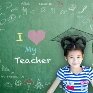 月は蟹座。日本語補習校の、先生たちの深い愛情に感動!私の小惑星カイロンのカラーは何色?