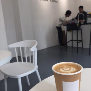 中国顺德 近所に落ち着くカフェができた