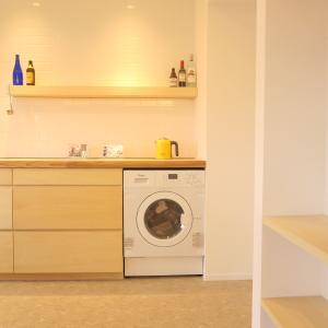 リノベでキッチンにこだわるのに便器メーカーのキッチンの人はスルーして。キッチンのデザイン。