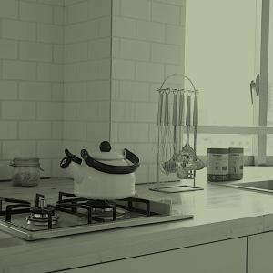 デザインにこだわらない方は読む必要がありません。〜キッチンを動かすとは