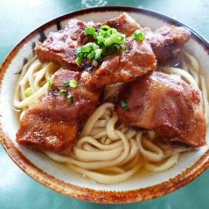 沖縄グルメのソーキそばをどこで食べる?山原そばをブログで紹介!