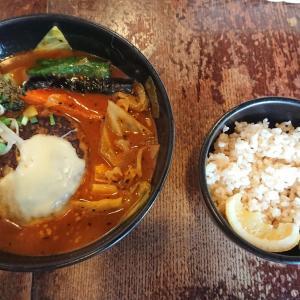 札幌グルメのスープカレーが大通りでランチできる「ラビ(lavi)ル・トロワ店」をブログで紹介!