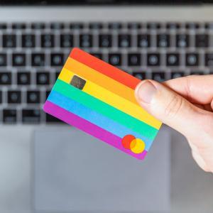 動画配信サービスでデビットカード支払いができるのはどこ?【VOD16のサービスを調査】