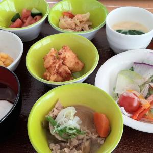 「くるるの杜 農村レストラン」をブログで紹介!【家庭料理のビュッフェが健康的】