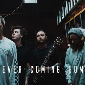 カリフォルニアのポップパンクバンド「Point North」が「Never Coming Home」のMVを公開