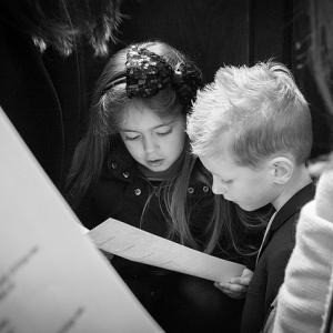 音楽の授業は幼稚園までで良い。小学校以上は必要ないから他の授業をしよう。