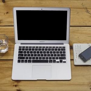 無料はてなブログで満足してはダメ。あなたが欲しいものはPVですか?収益ですか?