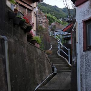 夕焼けの港町を歩く - 五島列島・中通島『 奈良尾町 』