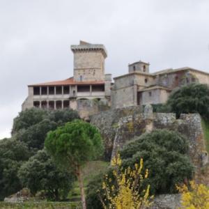 中世の修道院、ガリシア地方のパラドール・モンフォルテ・デ・レーモス (Monforte de Lemos)