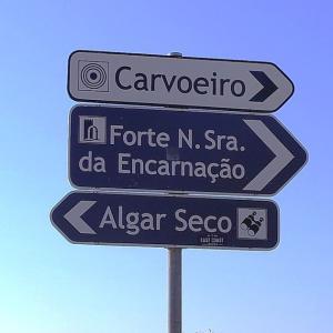 アルガルブの海岸線を行く・Algar seco