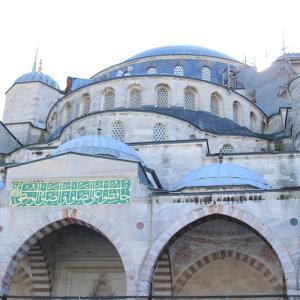 【トルコ】イスタンブール観光。ブルーモスク、アヤソフィア、地下宮殿 etc