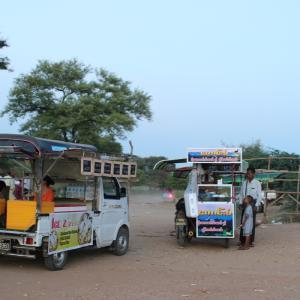 【ミャンマー】今日は馬車に乗って。パゴダ巡り2日目。