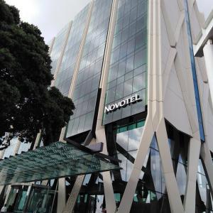 【ニュージーランド】オークランド空港 ノボテルホテルはトランジットや早朝便または深夜便に便利です(^^♪ 飛行機の非常口席のメリットとデメリット❕