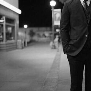 映画『都市伝説:長身の怪人』あらすじと感想/スレンダーマンを映像化