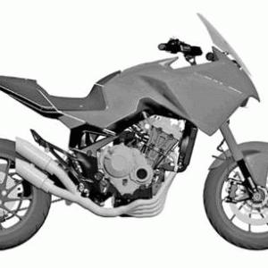 ホンダが650クラスの4気筒アドベンチャーバイクを開発中との噂