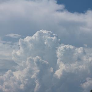 夏の終わりのもくもく雲