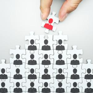 「45歳定年」主張でわかる経営者が根強く抱く自己責任論