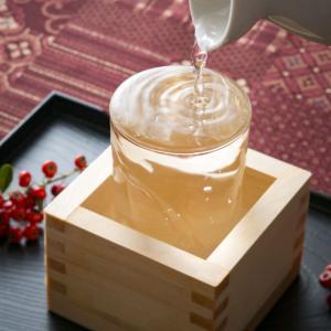 若者の日本酒離れは本当なのか? 日本酒好きは3割弱と判明