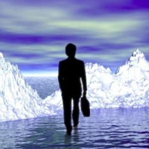 就職氷河期世代の悲痛な声「早慶でも全く内定もらえなかった」「職場に同世代がいない」