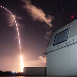 日本にイージス・アショアは不要、核ミサイルを!