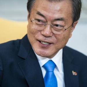 なぜ日本の首相は、韓国の文大統領と会わないのか=中国メディア