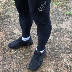 【C3fit インパクトエアーロングタイツ】薄くて軽いのにしっかり足をサポートしてくれるランニングタイツ