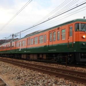 おはようございます☀️カボチャ&イエロー電車