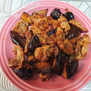 ロピアは豚肉も美味しいです♡クーポンで半額のデニムなど