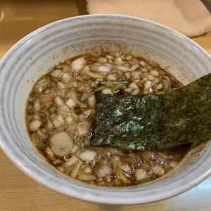二郎系ラーメン屋さんのつけ麺を食べてみた❣️