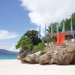 セブ島対岸のプライベートリゾート♪ジンベイザメも泳ぐ海・スミロン島