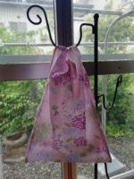 コンビニ用簡単エコバッグをダイソーの手ぬぐいで作ってみました。