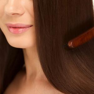 効果実感!パサパサだった髪の毛がたった1回でサラサラ&ツヤツヤになるオイル【髪の毛をサラサラにする方法】
